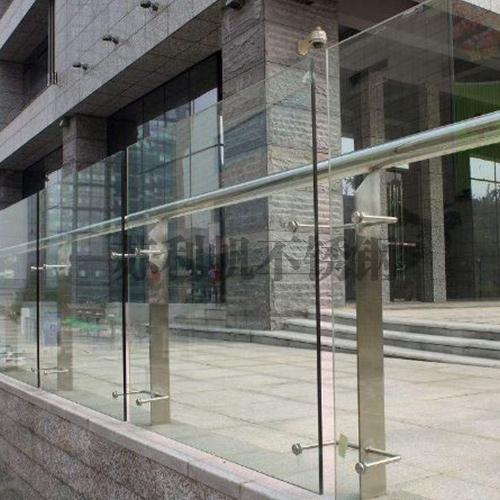 吴江不锈钢玻璃栏杆
