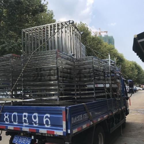 不锈钢工作架整车出货